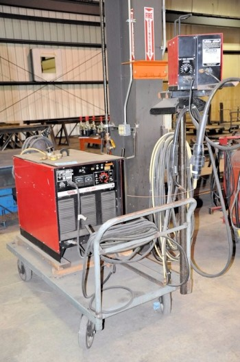 LINCOLN MODEL CV-400, 400-Amp Capacity Wire Feed Mig Welder