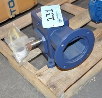 IRONMAN 0.674-HP Gearbox Gear Motor