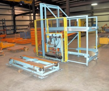 Custom Designed & Engineered Hydraulic Lift Automatic Loader/Unloader