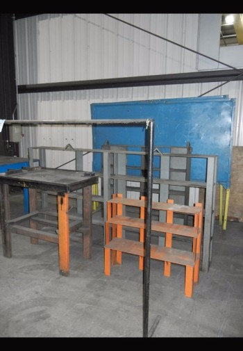 Lot-Shelving and Stands