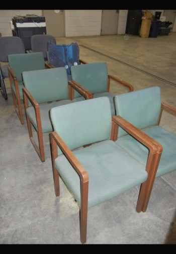 Lot-(8) Office Chairs