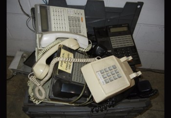 PANASONIC MODEL D1232, Telephone System with Phones