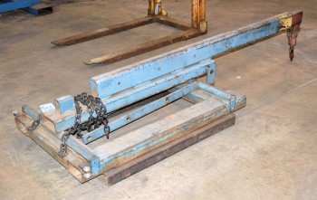 Fork Lift Extendable Boom Attachment