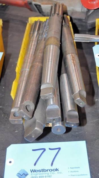 Lot-Taper Shank Reamers in (1) Bin