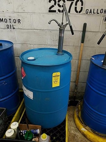 55 gallon fluid drum and pump