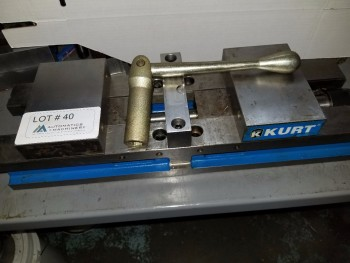 Double locking Kurt Vise