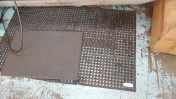 5 floor mats