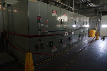 Cutler Hammer VacClad 13.8KV Switchgear with VCP-W Breakers