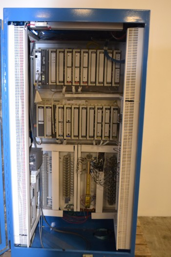 GOULD MODICON 800 SERIES PLC CABINET