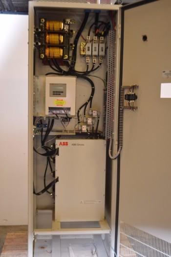 ABB ACH500 AC DRIVE 75HP 480V