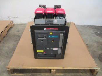 GE LOW VOLTAGE POWER CIRCUIT BREAKER WE2GCAMF1XBBXDX