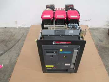 GE LOW VOLTAGE POWER CIRCUIT BREAKER WE2GCAMF1XBBXDX