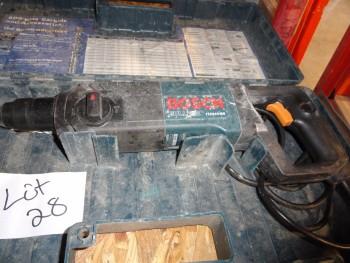 Bosch Bulldog Rotary Hammer 11224vsr with drill bits