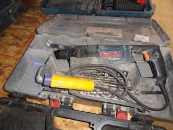 Bosch Bulldog Impact Drill w/drill bits