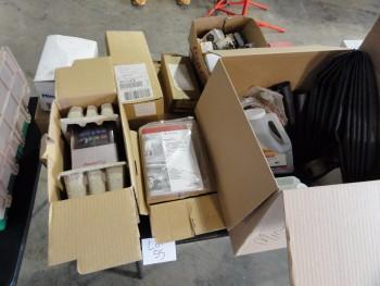 Box Lot: Turnlok plug, Minerallac, Clips, A/c Drive, etc.