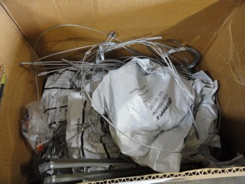 Box Lot: guide wires, miscellaneous lengths