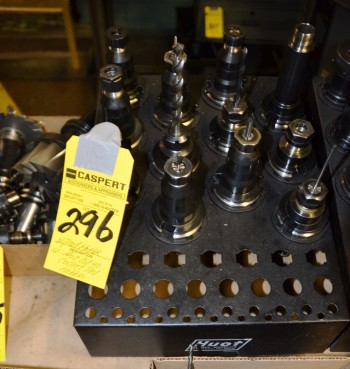 Assorted Cat 40 Collect Tool Holders
