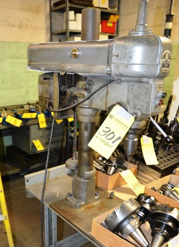 Walker Turner Bench Top Drill Press with Bench Model # 1212-26