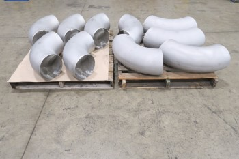 2 PALLETS OF 10IN ELBOW PICOR FOOD GRADE PIPE FITTINGS, SCH 5S, 316SS
