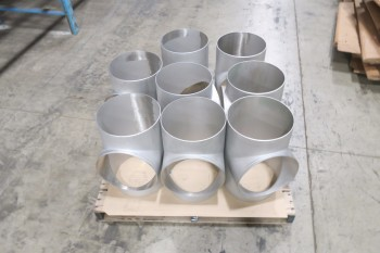 1 PALLET OF 12IN T PICOR FOOD GRADE PIPE FITTINGS, SCH 5S, 6-MOLY