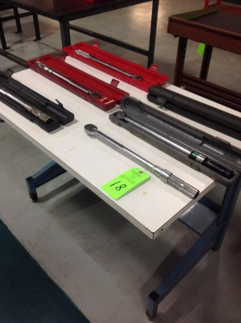 Lot of (6) various sized Torque Wrenches