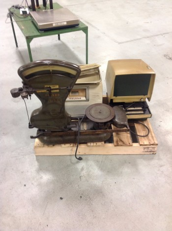 Lot of (5) Misc. Scales, (3) Toledo models, Acc-Weigh model, Detecto model