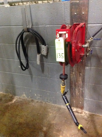 Hose Reel, Wall mounted.