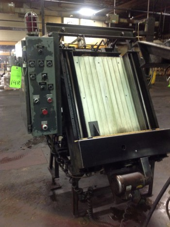 Lot of (2) Pro-Fab Distribution motorized Conveyors