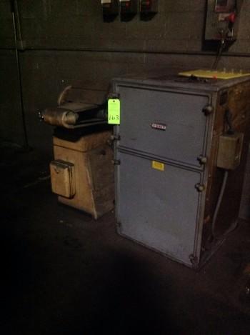 Lot w/ Rockwell International Disc & Belt Sander w/ Torit Dust collector