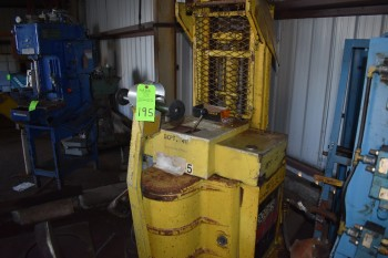 Yale Electric Lift model MSO40LAW24C5071, Not in service