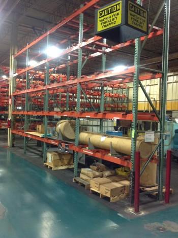 Lot heavy duty Metal pallet racking