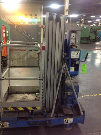 Genie Hydraulic lift.