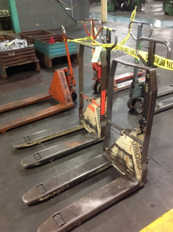 Lot of (2) Pallet-Jack Lifts, Crown 4,500lbs cap. & Inner Thor 5,500lbs cap.