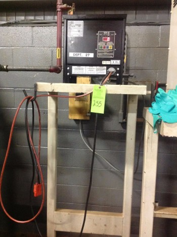 Battery Stand w/UP-2, 240 Charger