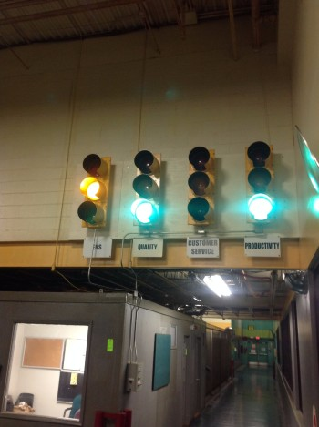 Lot of (4) Full sized Traffic Lights w/ Controls