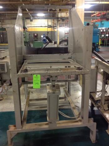 Lot of CNC Campbell Machine Vibratory Hoppers, model DBF-80XBB-3