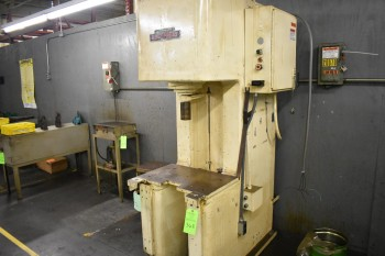 Approx. 15 Ton Denison C-Frame Hydraulic Press