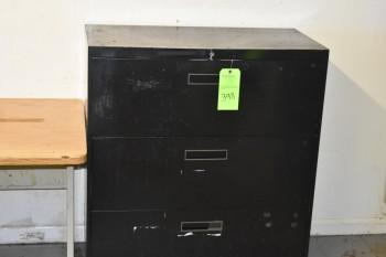 Comparitor room w/contents, Desk, 3 Lateral file cabinets, Shelve, Cabinet