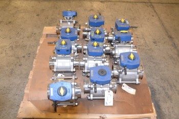 1 PALLET OF QSM TRU-FLO 1000WOG SANITARY 4 IN TRI-CLAMP BALL VALVES