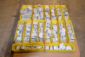 1 PALLET OF ASSORTED MERLIN GERIN CIRCUIT BREAKERS