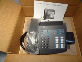Lot of (20) AT&T - Lucent Business Digital Voice Terminal 7210 - NEW IN BOX