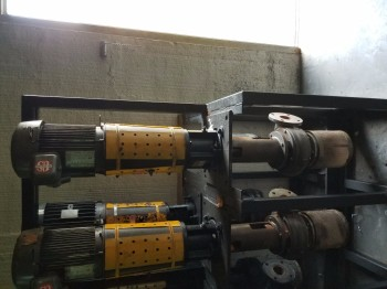 Gusher Pump Assembly