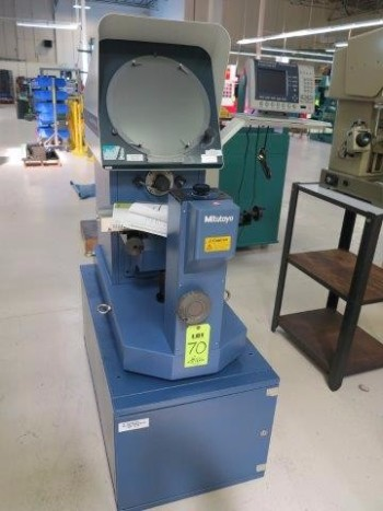 MITUTOYO OPTICAL COMPARATOR MODEL PH-A14, S/N 6J0006