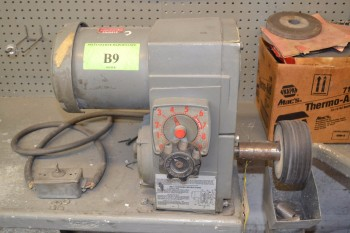 DAYTON SINGLE WHEEL BENCH GRINDER