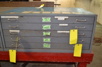 STEEL TOOL DRAWER - NO CONTENTS - 5 DRAWERS - 40 X 28 X 17.5