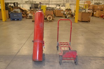 LOT OF 2 CYLINDER CARTS, WITH EMPTY C02 TANK