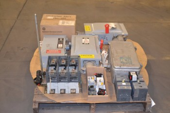 1 PALLET OF ASSORTED DISCONNECT SWITCHES