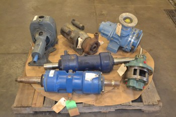 1 PALLET OF ASSORTED CENTRIFUGAL PUMPS