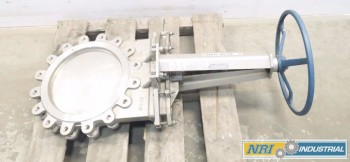FABRI-VALVE STAINLESS FLANGED KNIFE GATE VALVE