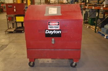 DAYTON PIANO STYLE TOOLBOX, LOCKED, NO KEY